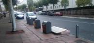 Colchones tirados en el barrio de Fontiñas