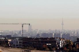Vista de la polución que se aprecia en la ciudad de Madrid - FOTO: EFE/ Paolo Aguilar