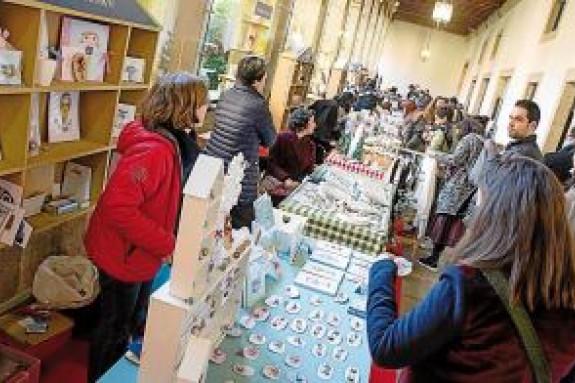 Participantes en la anterior edición del Mercado da Estrela, una de las propuestas para visitar en Santiago