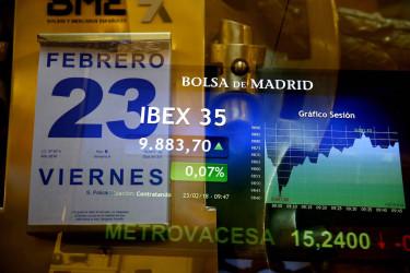 El IBEX 35, el principal indicador de la Bolsa española, cae tras la apertura un 0,16 % frente al tono positivo de las plazas europeas - FOTO: Efe