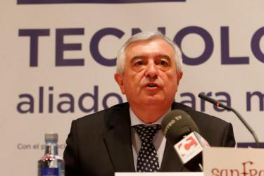 El rector Juan Viaño durante la inauguración del Foro - FOTO: ECG