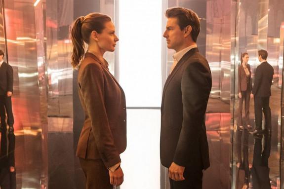 Rebecca Ferguson y Tom Cruise en una escena de la película de Chris McQuarrie