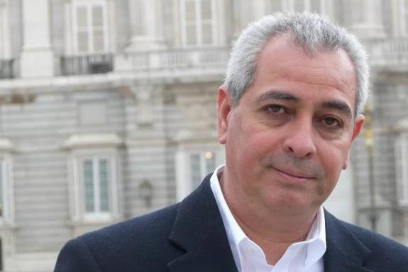 Jorge Eduardo Benavides, escritor