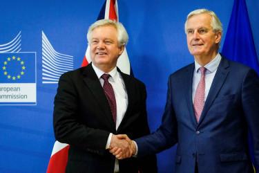 BRUSELAS (BÉLGICA), 19/03/2018.- El jefe negociador de la Unión Europea (UE) para el