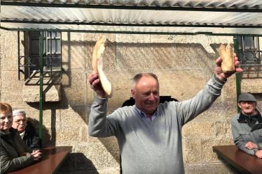 Un dos lotes ofertados na poxa - FOTO: Concello de Santiago