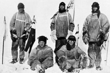 La famosa expedición Discovery de 1901-1904 del Capitán Scott a la Antártida