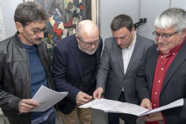 José M. Pequeño, izquierda, Manuel Antelo, Valentín González y Félix Porto, ayer en la Diputación - FOTO: Diputación Coruña