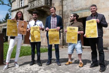 Acto de presentación dos III Premios Fouciño, nas Torres do Allo de Zas.  - FOTO: J. M. R