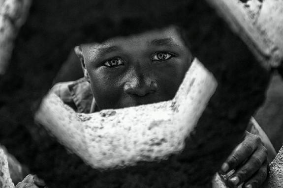 """Cuenta Marcos Rodríguez que """"este pequeño de enormes y hermosos ojos nos llevaba 'espiando' un buen rato, cada vez que nos movíamos, el hacía lo propio, así que… ¡cazador cazado!"""" - FOTO: Marcos Rodríguez"""