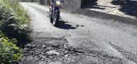 Carretera en mal estado en Vite de Abaixo