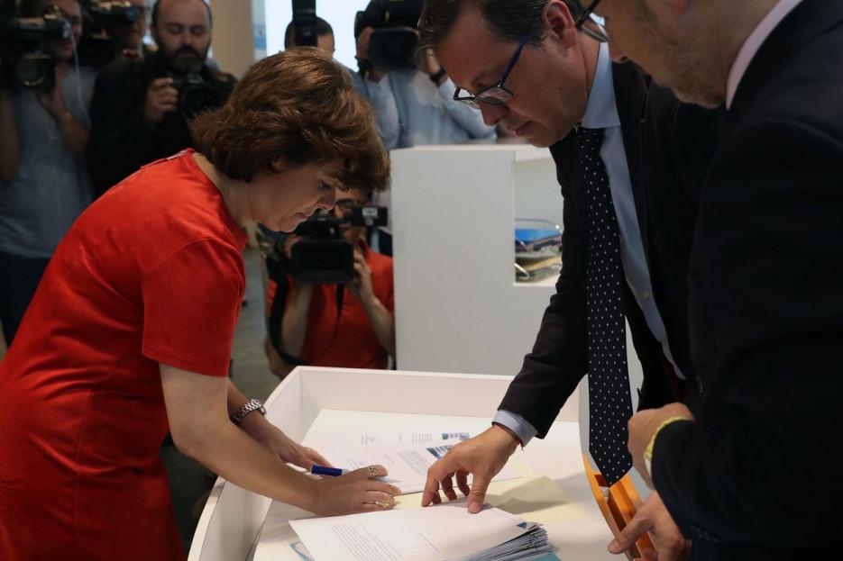 La candidata a presidir el PP y exvicepresidenta del Gobierno, Soraya Sáenz de Santamaría, durante la presentación de avales, el miércoles 20 de junio en la sede del partido en Madrid. - FOTO: EFE/JJ Guillén