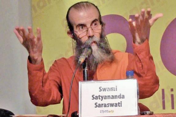 Presentación del libro 'El Hinduismo', de Swami Satyananda Saraswati - FOTO: ECG