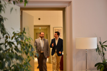 José Luis Ábalos, izquierda, y Gonzalo Caballero  - FOTO: E.Press