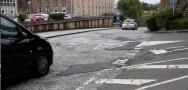 Pavimento en muy mal estado en Compostela