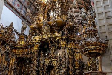 Visita al museo de San Martiño Pinario