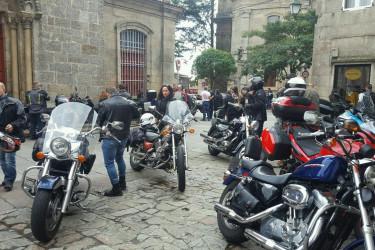 Invasión de motos en la zona vieja Compostelana