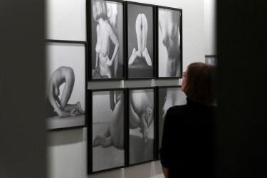 """Presentan la exposición """"La verdad entre las manos"""""""