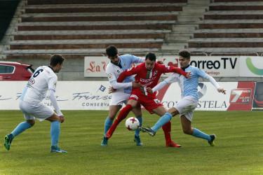 Imágenes del partido entre SD Compostela, 3 -  Somozas, 0
