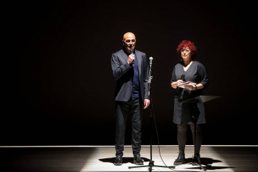 Peche en Santiago do festival de poesía 'Alguén que respira!