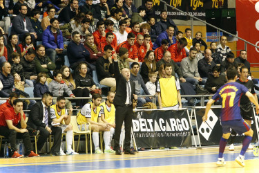 Las imágenes del partido Santiago Futsal, 8 - Barcelona Lassa, 8