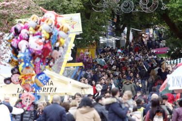 Ambiente el la Alameda por las fiestas de la Ascensión