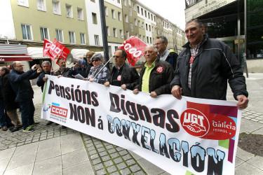 Protesta de los jubilados en Ferrol por las pensiones