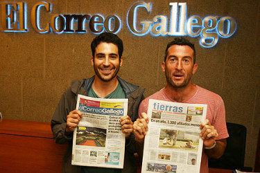 Miguel Ángel Silvestre y Luis Zahera visitan El Correo Gallego