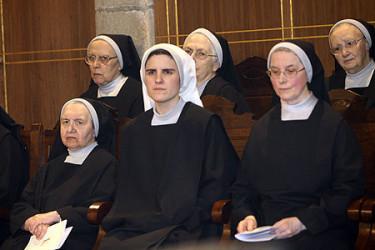 Ordenación de monja de María Blanco Bellas