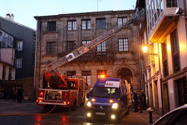Incendio de una casa en la Plaza de las Ánimas