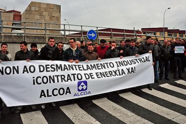 Concentración de Alcoa en el edificio de Gas Natural Fenosa