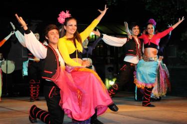 Festival Folclórico Internacional de Brión