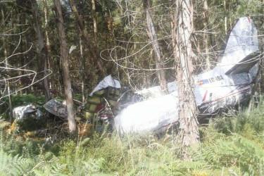 Dos muertos tras estrellarse una avioneta en Santiago