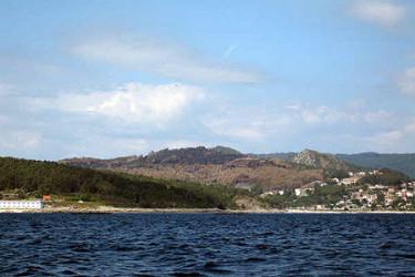 Galicia en llamas. Incendio entre Cangas e a praia de Barra, enviadas por O buscador de cazadores de mamuts