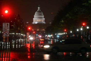 Sandy golpea la costa este de Estados Unidos