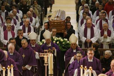 Funeral por el canónigo Jenaro Cebrián
