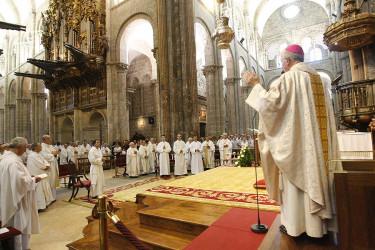 Ordenación de un sacerdote y tres diáconos en la Catedral