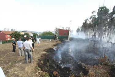 Incendio forestal en el Camiño de los Vilares, Salgueiriños