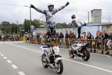 Exhibición de motos. Campaña solidaria por el niño de Vedra, José Manuel