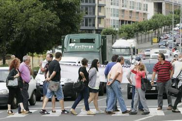 Vecinos de Ferrol protestan contra los recortes en transporte público