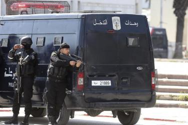 Ataque terrorista en Túnez con 17 turistas muertos