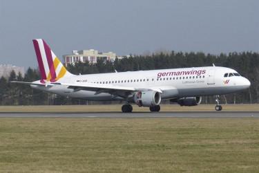 Accidente aéreo en Francia, primeras noticias en El Prat