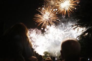 Fogos de artificio de peche das festas