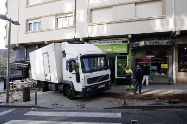 Un camión siembra el pánico en Santiago