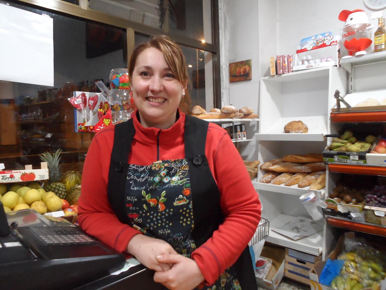 Chus Garaboa xa cumpriu dous anos ao fronte de Alimentación Mari Carmen, en Basquiños 50 - FOTO: G.L.O.