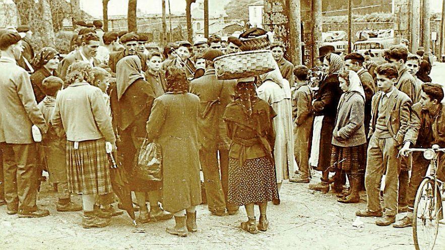 Una de las fotografías de Ramón Sánchez Estalote tomadas en una feria de Santiago