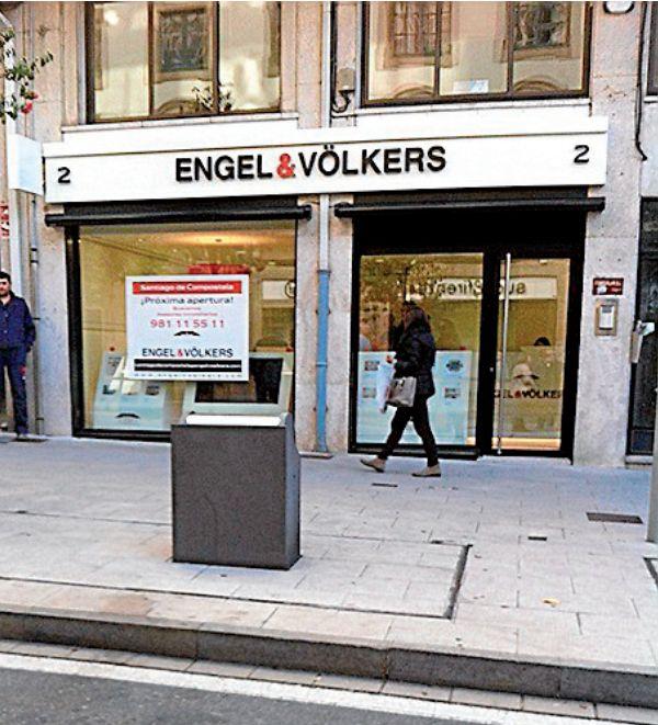 La ofcina de Engel & Völkers está en República do Salvador