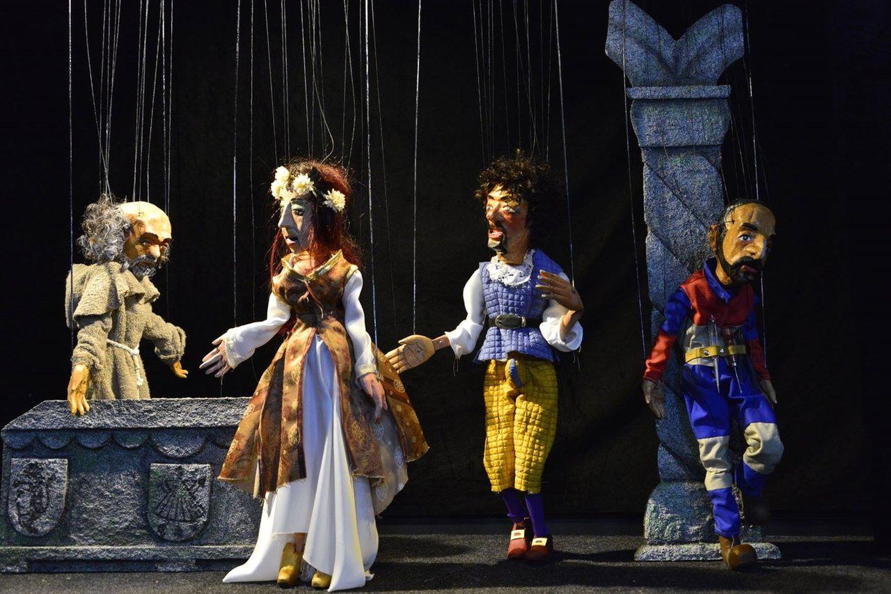 'Réquiem por un monicreque' permanece todo el fin de semana en el cartel del Salón Teatro  - FOTO: Kukas