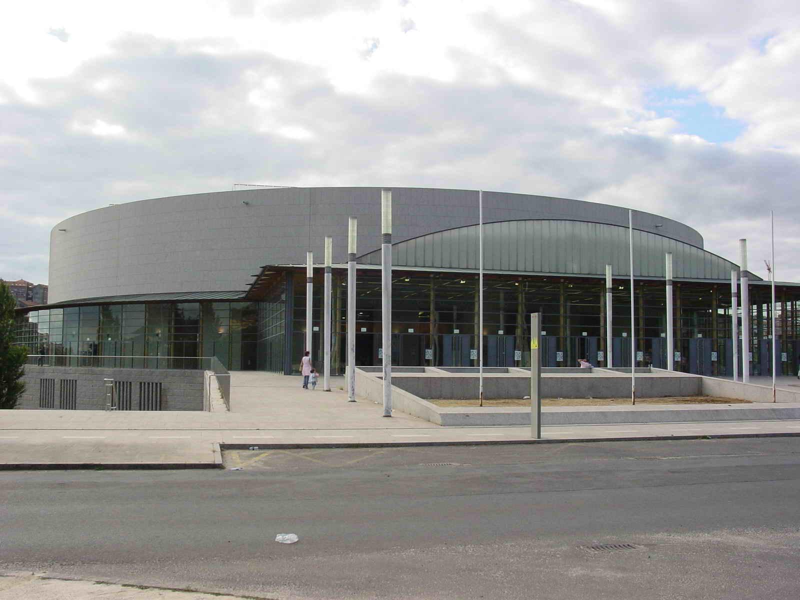 El Multiusos de Sar es uno de los principales referente en Compostela para actividades deportivas y de ocio - FOTO: Luis S. B.