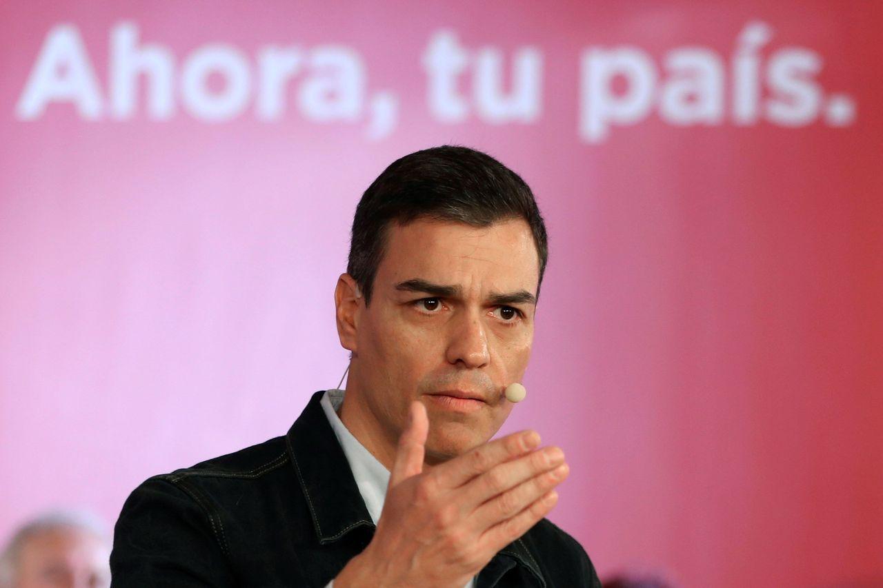 El secretario general, Pedro Sánchez, interviene en su segunda Asamblea Abierta a la ciudadanía - FOTO: EFE/J.J.Guillén