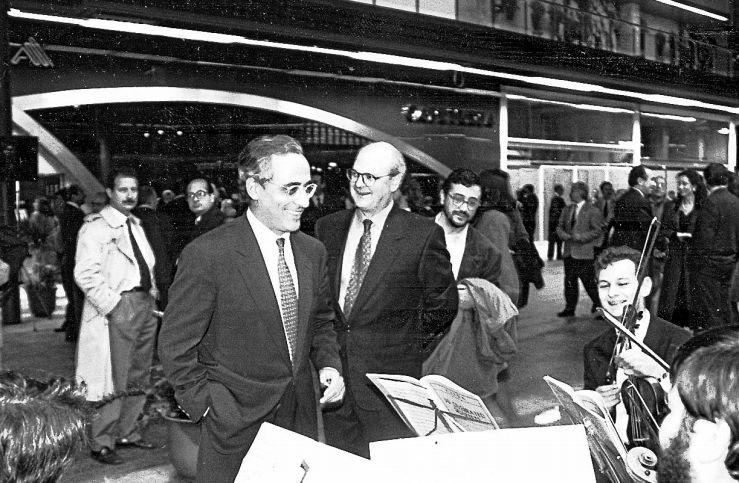 Inauguración de Área Central, con el entonces alcalde, Xerardo Estévez, en primer plano, a la izquerda - FOTO: ECG